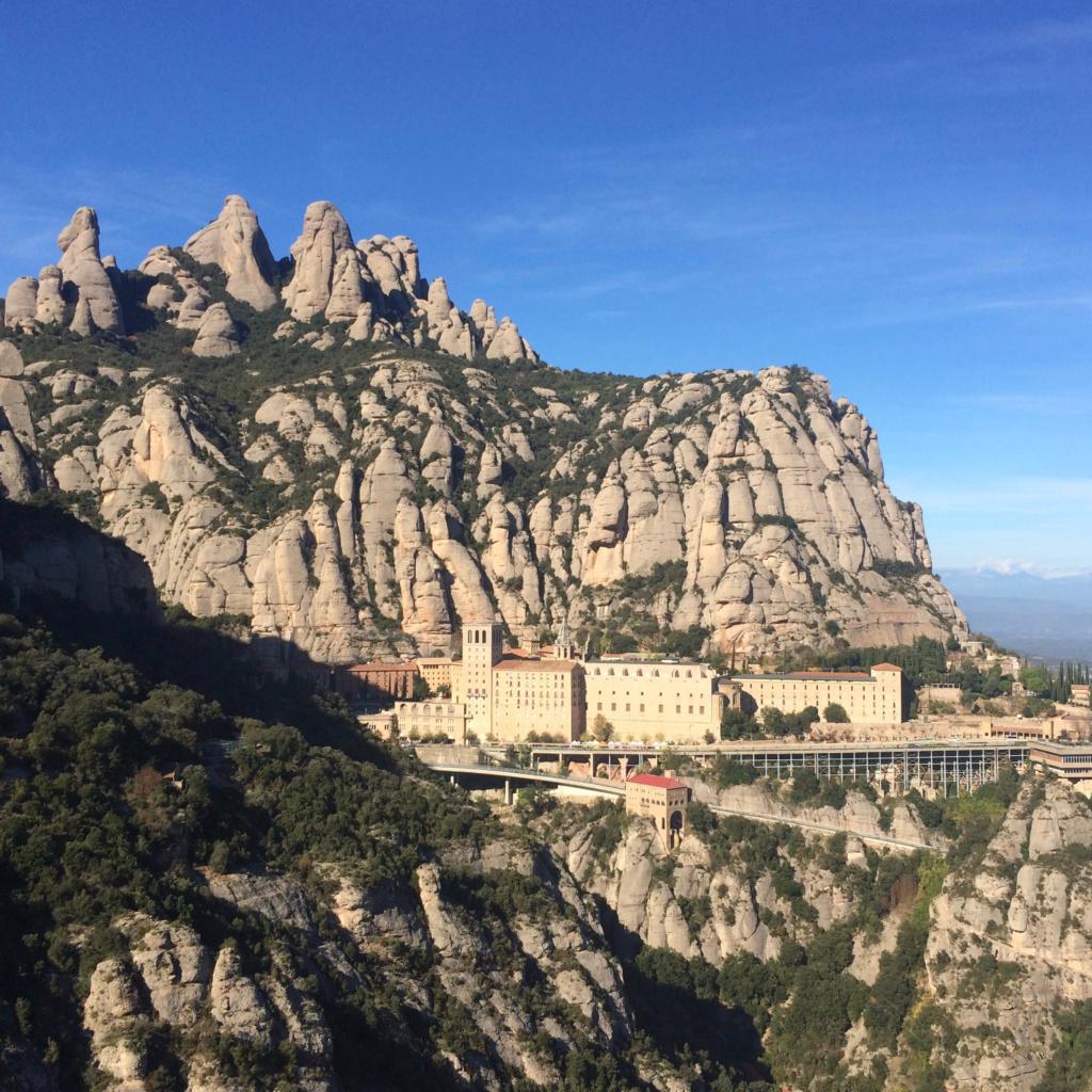 Exc01. Montserrat (6h Trip out of Barcelona)